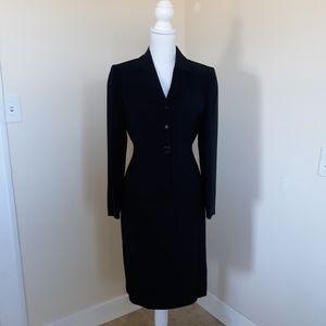 Tahari Navy Jacket/Skirt Set sz 4p